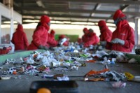 Fizyczna praca w Holandii od zaraz bez znajomości języka Eindhoven sortowanie odpadów budowlanych