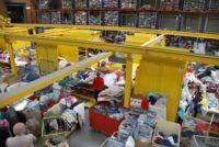 Sortowanie odzieży używanej – fizyczna praca Holandia Oosterhout
