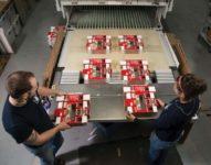 Utrecht praca w Holandii przy pakowaniu folderów reklamowych od zaraz