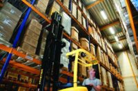 Operator wózka widłowego bocznego oferta pracy w Holandii na magazynie farb, Venlo